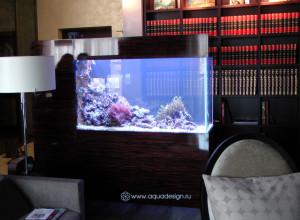 Морской аквариум отдельностоящий