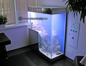 Ступенчатый морской аквариум